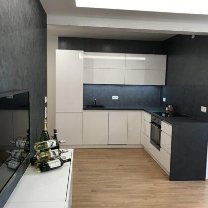 Dekorativní stěrka kuchyně a  obývací pokoj.