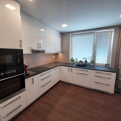benátský štuk v kuchyni